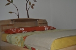 queen bed with aircond